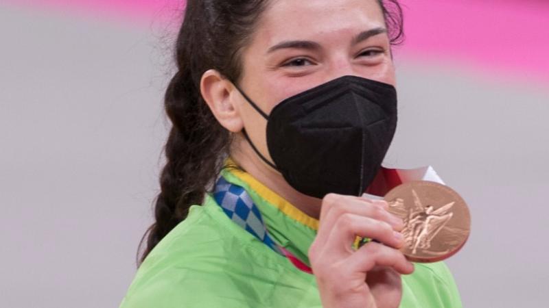 Gaúcha se tornou a 1ª judoca do país a faturar três medalhas olímpicas