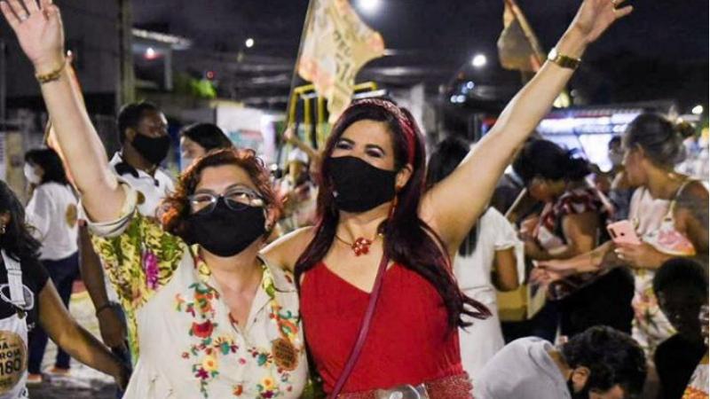 A deputada representa um reforço e tanto à campanha da poetisa à vereadora do Recife