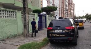 PF cumpre mandados de busca e apreensão em Caruaru