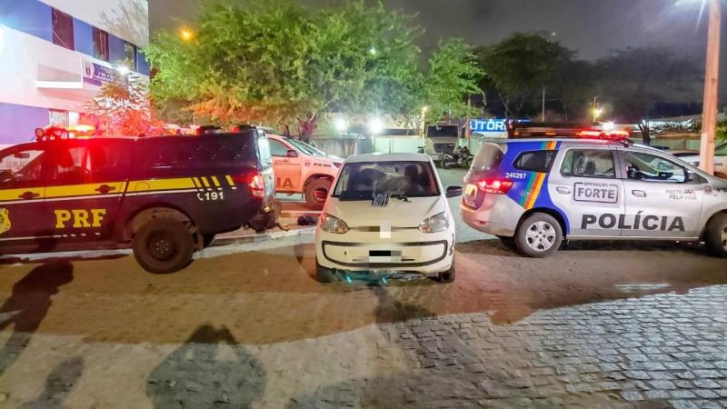 O suspeito foi preso depois de envolver em um acidente