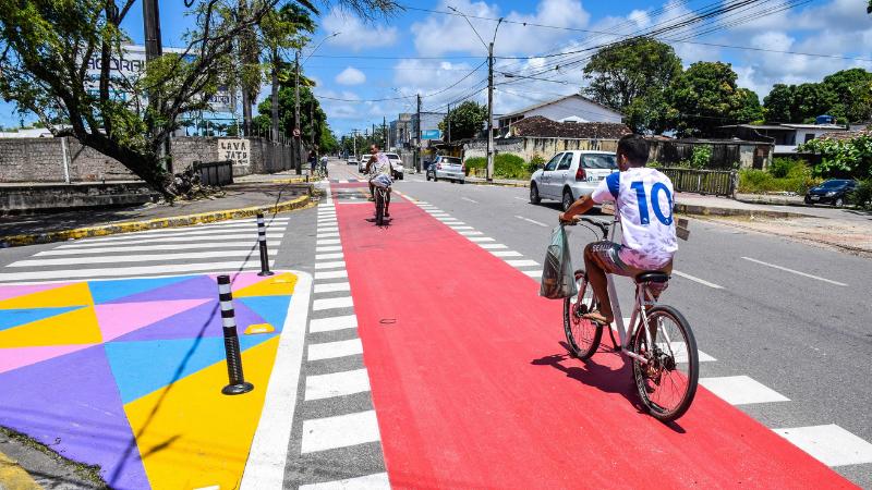 Via teve readequação da velocidade regulamentada para 30 km/h, o objetivo é reduzir o índice de sinistros de trânsito com vítimas no local