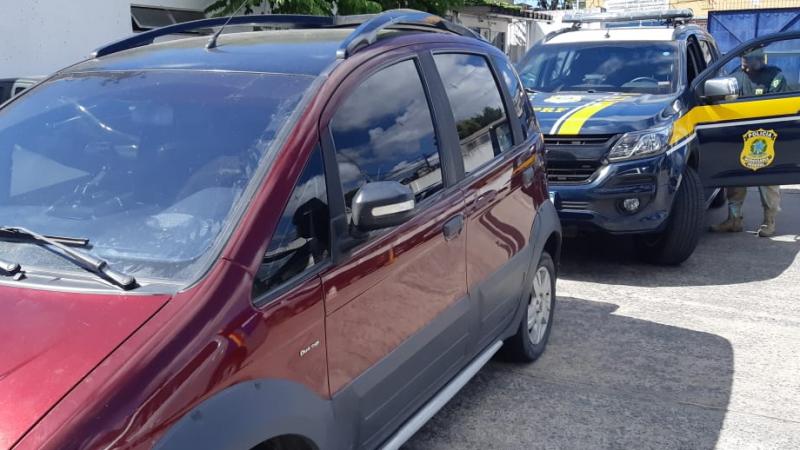 Motorista possuía passagem na polícia por tráfico de drogas, associação criminosa e receptação