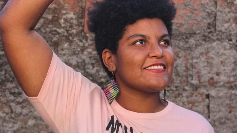 Militante em defesa dos direitos das mulheres negras,ela será a primeira preta a ocupar uma cadeira no Poder Legislativo local