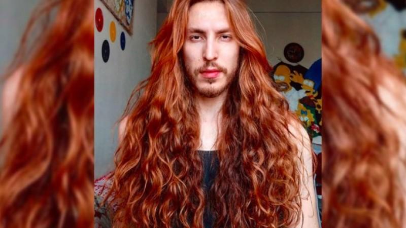 Cristiano Lb ficou conhecido nas redes sociais pelo seu cabelo ruivo