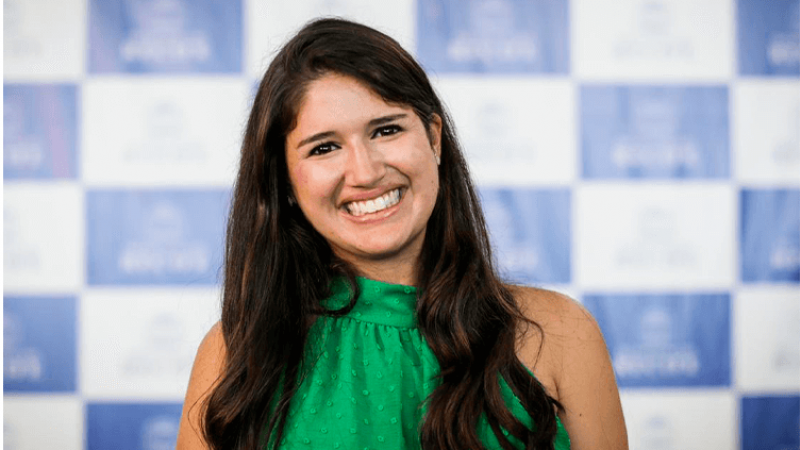 A secretária de Turismo e Lazer do Recife, Cacau de Paula, conversa com Juliana Moreira, Educadora da Primeira Infância, Parental e especialista em Saúde Emocional Infantil