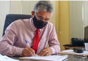 Moreno vai economizar R$ 400 mil com reforma administrativa