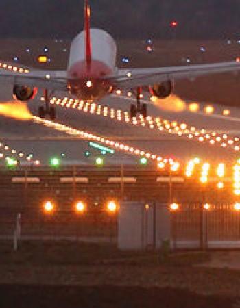 Serviço de iluminação no Aeroporto de Caruaru deve ser concluído até dezembro deste ano, garante Governo