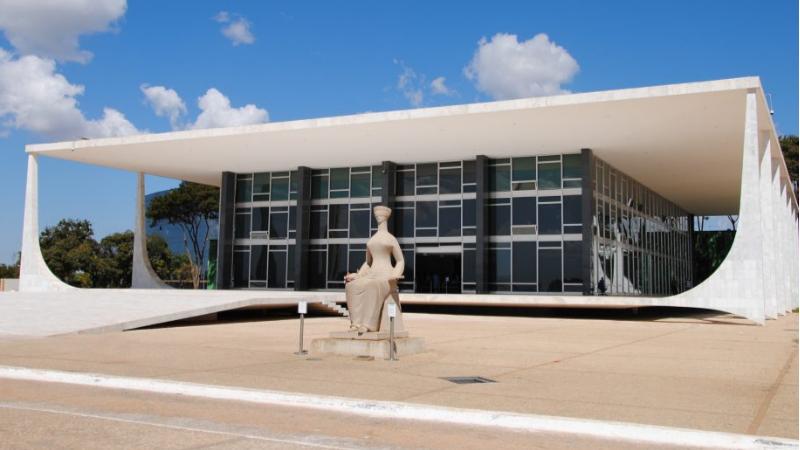 O ministro Alexandre de Moraes também negou o pedido de liminar do ex-ministro das Relações Exteriores, Ernesto Araújo.