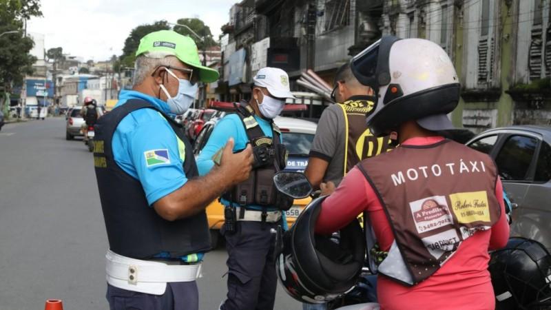As blitzes serão mantidas por tempo indeterminado e contam com o apoio da Associação dos Trabalhadores Motociclistas de Pernambuco.