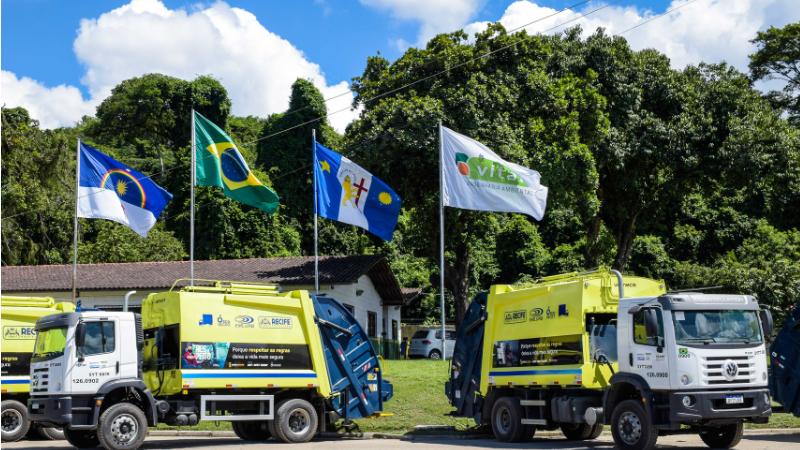 Os veículos pintados de amarelo estarão espalhados na cidade a partir desta segunda-feira (24) e são mais um reforço na campanha do Maio Amarelo no Recife