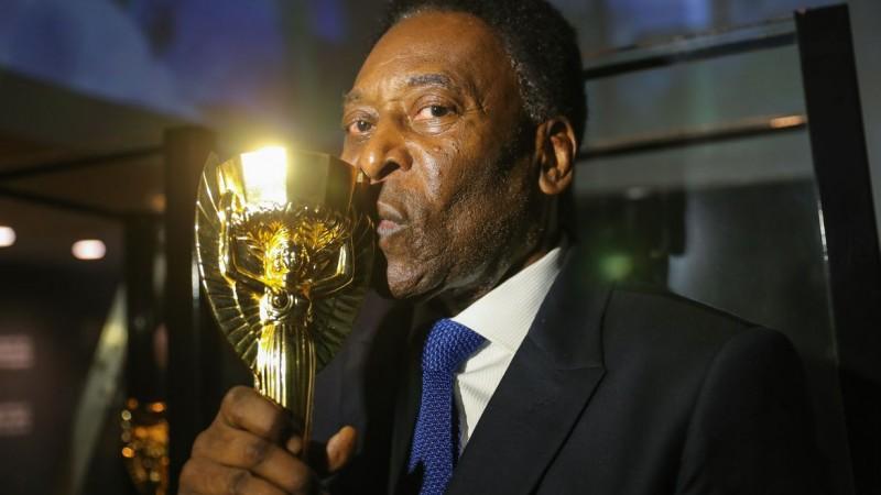 Edson Arantes do Nascimento mudou os rumos do futebol brasileiro