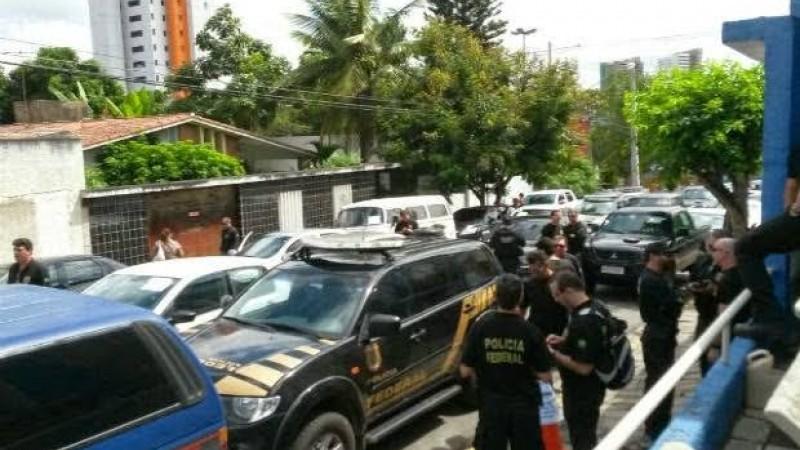 Também serão cumpridos mandados de prisão preventiva nas Penitenciárias Juiz Plácido de Souza, em Caruaru, e Desembargador Ênio Pessoa, em Limoeiro