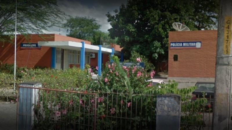 Suspeitos liberaram a vítima em uma estrada que dá acesso ao município de Sairé