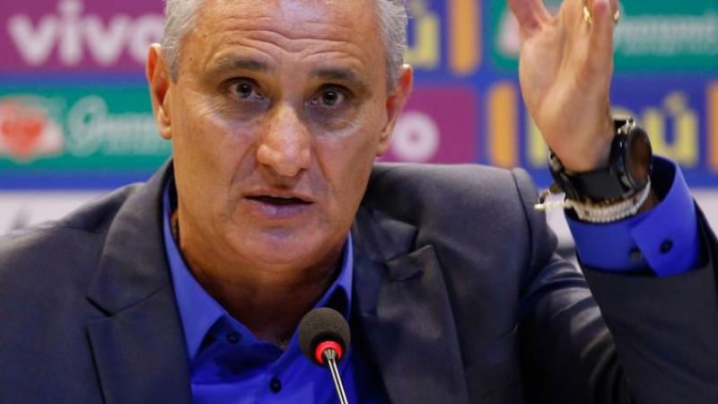 Tite manteve 14 jogadores que disputaram a Copa do Mundo da Rússia, em 2018. Entre eles, Neymar, Thiago Silva e Gabriel Jesus. E vai levar jovens como Lucas Paquetá e David Neres.