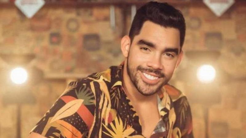 Cantor do hit 'Jenifer' morreu aos 28 anos em acidente no município de Estância (SE) em 2019.