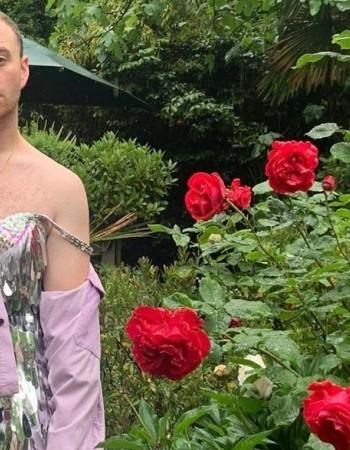 Sam Smith tem o melhor look para cuidar de seu jardim