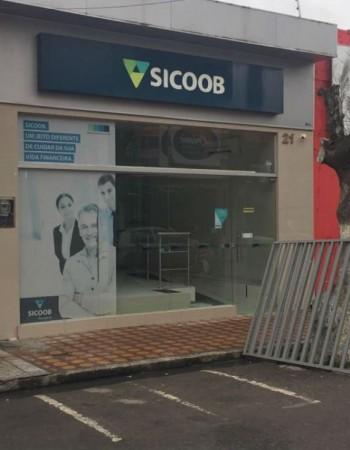 Agência do Sicoob é assaltada em Bezerros, no Agreste