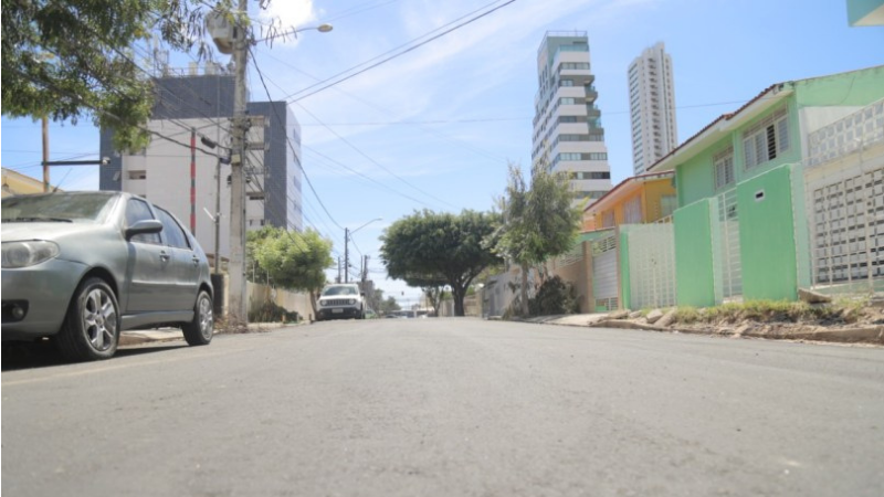 Já são mais de 100 ruas e avenidas requalificadas, beneficiando cerca de 150 mil pessoas