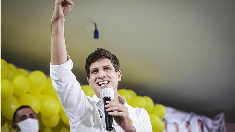 O candidato do PSB venceu a eleição com 447.913 votos