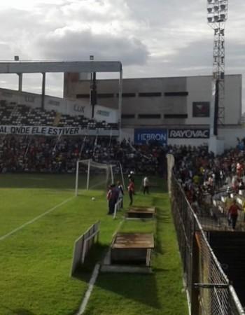Central vence Jacuipense em jogo do Centenário