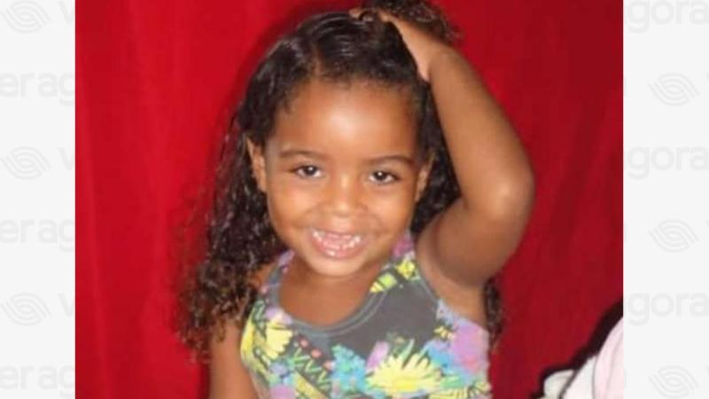 Os disparos eram direcionados ao Boquinha, mas a menina estava próxima e foi atingida porum tiro na região da cabeça.