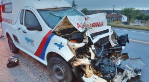 Pai e filho morrem após colisão entre ambulância e moto em São Caetano