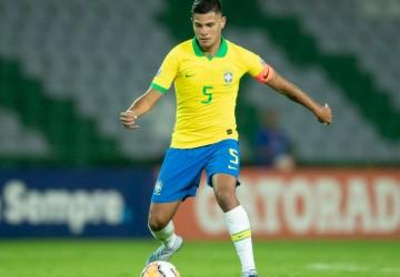 Seleção: Bruno Guimarães, do Lyon, é convocado para vaga de Casemiro