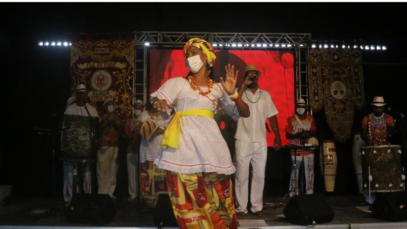 Durante três dias, o evento reúne 22 atrações, entre seminários, shows e apresentações culturais ligadas à pernambucana.