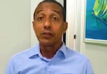 Após um dia internado, Lupércio segue em isolamento em casa em Olinda