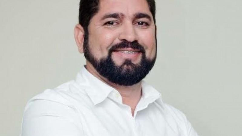 Vereador líder da oposição à gestão Anderson Ferreira, Alves é cogitado para concorrer à Prefeitura nas eleições municipais de 2020