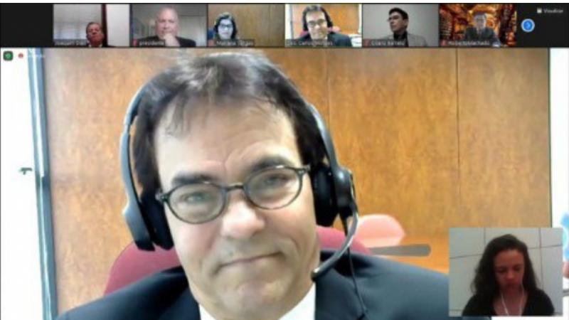 Em sessão virtual realizada na última sexta-feira, o desembargador Frederico Ricardo de Almeida Neves renunciou à Presidência para que o colega assumisse.