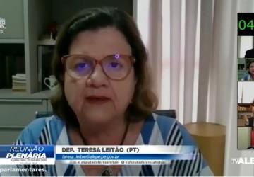 Teresa Leitão protesta contra