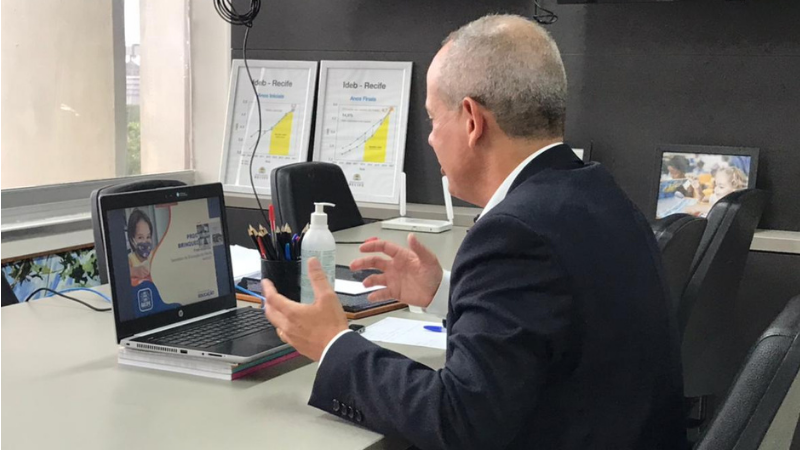 Além do programa Brinqueducar, o secretário de Educação, Fred Amancio abordou avanços importantes na área, como o Marco Legal da Primeira Infância e a aprovação do Plano Municipal da Primeira Infância do Recife
