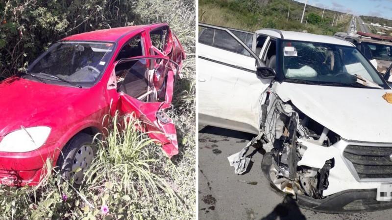 Segundo a polícia, um carro onde estavam três criminosos bateu em um carro e uma motocicleta