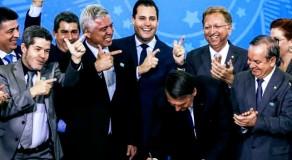 Comissão do Senado dá aval a projetos contra decreto de armas de Bolsonaro