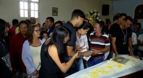 Família morta em deslizamento na RMR é velada em Camocim de São Félix