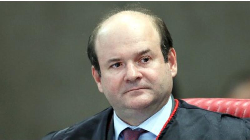 O ministro Tarcisio Vieira, do Tribunal Superior Eleitoral, mantevea decisão do Tribunal Regional Eleitoral, e indeferiu omandado de segurança impetrado por advogados junto aquela Corte