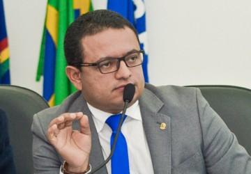 Léo do Ar é eleito presidente da União de Vereadores de Pernambuco