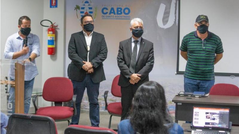 o secretário de Defesa Social, Pablo de Carvalho, vem se reunindo com as autoridades estaduais e afinando o trabalho na cidade ao mecanismo e as estratégias do Pacto pela Vida.