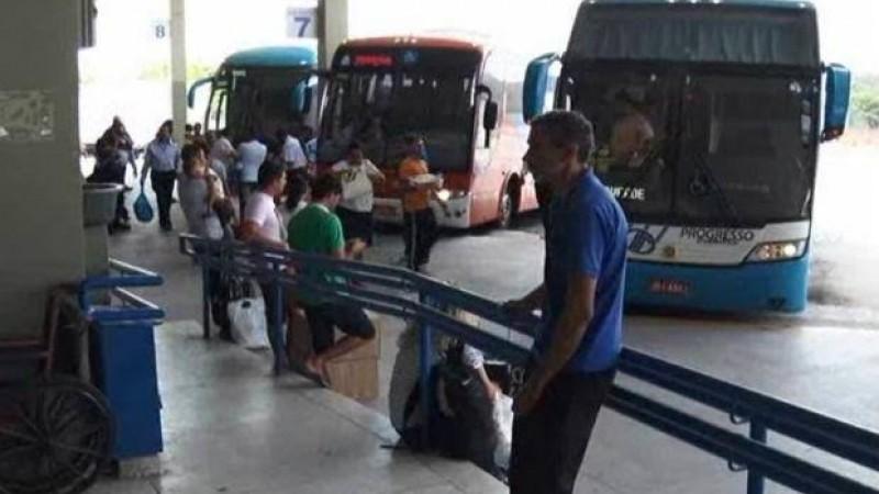 Última viagem, partindo da Rodoviária do Recife para Caruaru, é realizada às 19h30, horário que é considerado cedo para os insatisfeitos