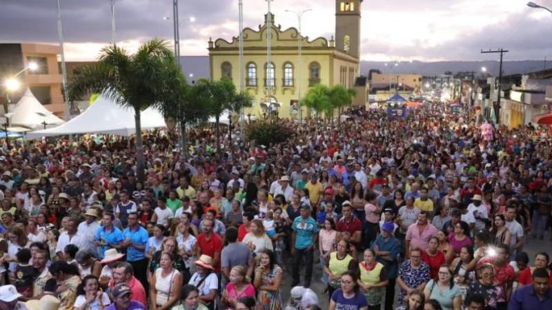 Na programação missas, louvor e procissões. Haverá ainda transmissões pelas redes sociais da Paróquia de São Joaquim.