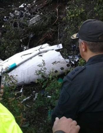 Chapecoense é condenada a indenizar pais de vítima de acidente aéreo