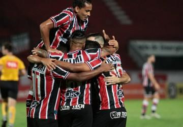 Santa Cruz vence o Botafogo-PB, dispara na liderança do Grupo A da Série C