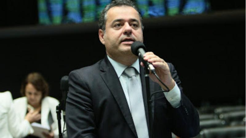 O ministro foi desautorizado pelo presidente Jair Bolsonaro após anunciar intenções de comprar 46 milhões de doses da vacina CoronaVac
