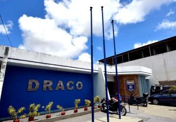 Polícia Civil faz operação de combate à corrupção em Feira Nova