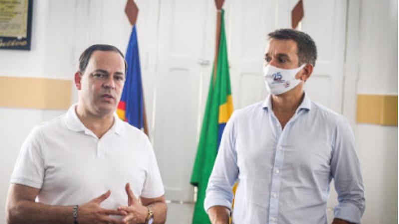Parlamentar visitou a Câmara de Vereadores e, em seguida, se reuniu com o prefeito Sivaldo Albino, o vice-prefeito Pedro Veloso e secretários municipais
