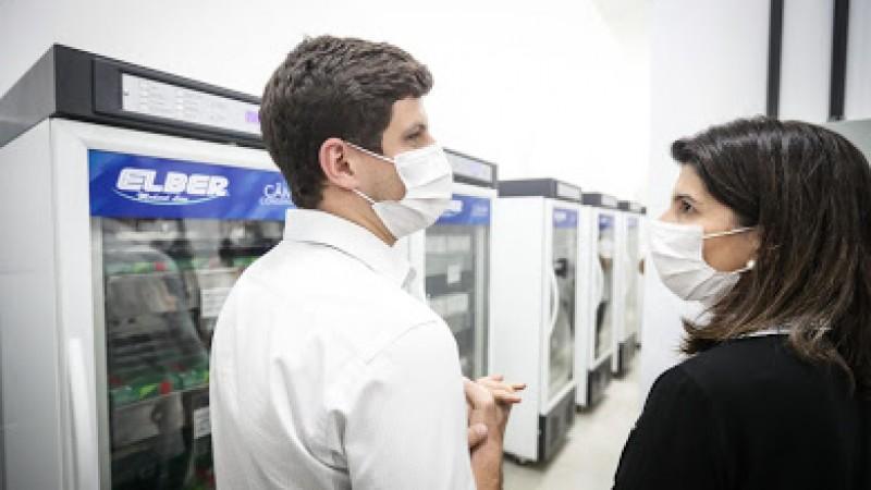 Unidade recebeu investimentos de R$ 1,1 milhão e terá capacidade para armazenar 526 mil doses de imunizantes, mais do que o dobro do volume atual