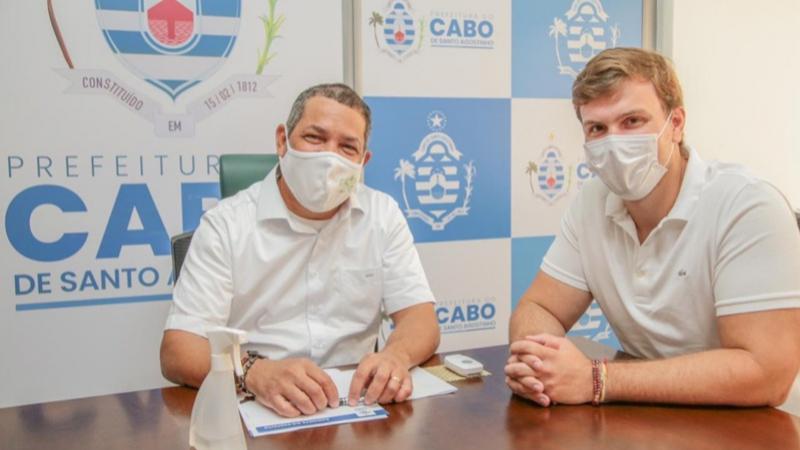 O prefeito reeleito de Petrolina fez uma visita para troca de experiências administrativas