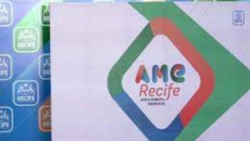 Um total de 30 mil famílias inscritas no Cadastro Único (CadÚnico) deverão ser beneficiadas pelo Auxílio Municipal Emergêncial (AME) do Recife, que começa a ser pago no dia 24 de maio