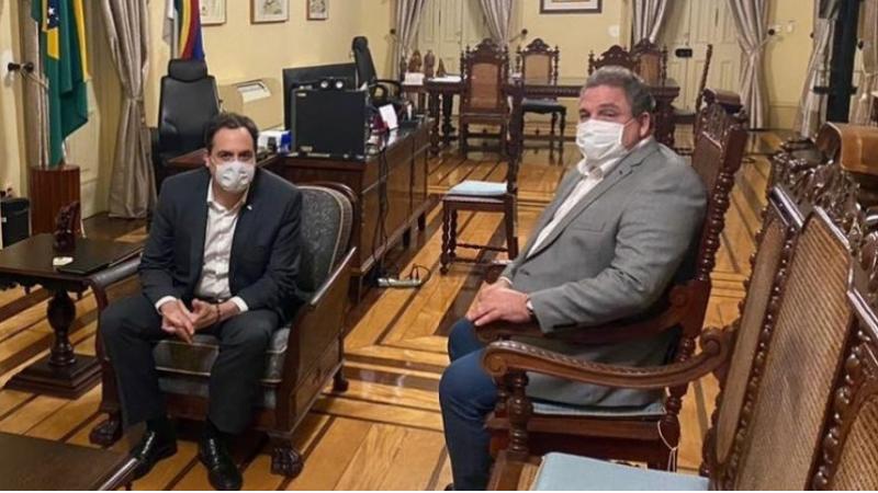 O presidente da Alepe esteve na noite dessa quarta-feira (31) com o governador Paulo Câmara e conversou sobre a retomada das atividades econômicas e o plano de vacinação contra com o coronavírus